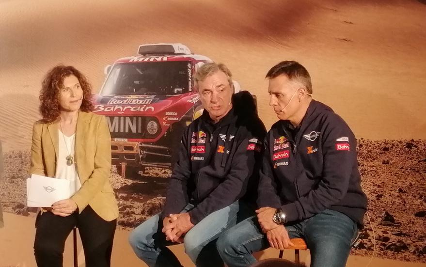 Carlos Sainz y Cruz, aspirantes al triunfo en el Dakar 2020