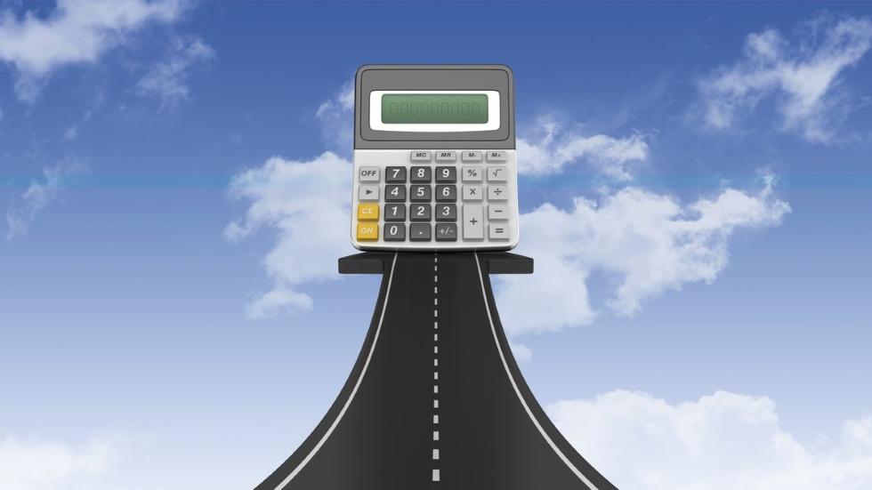 El Gobierno podría subir ya todos estos impuestos a los coches