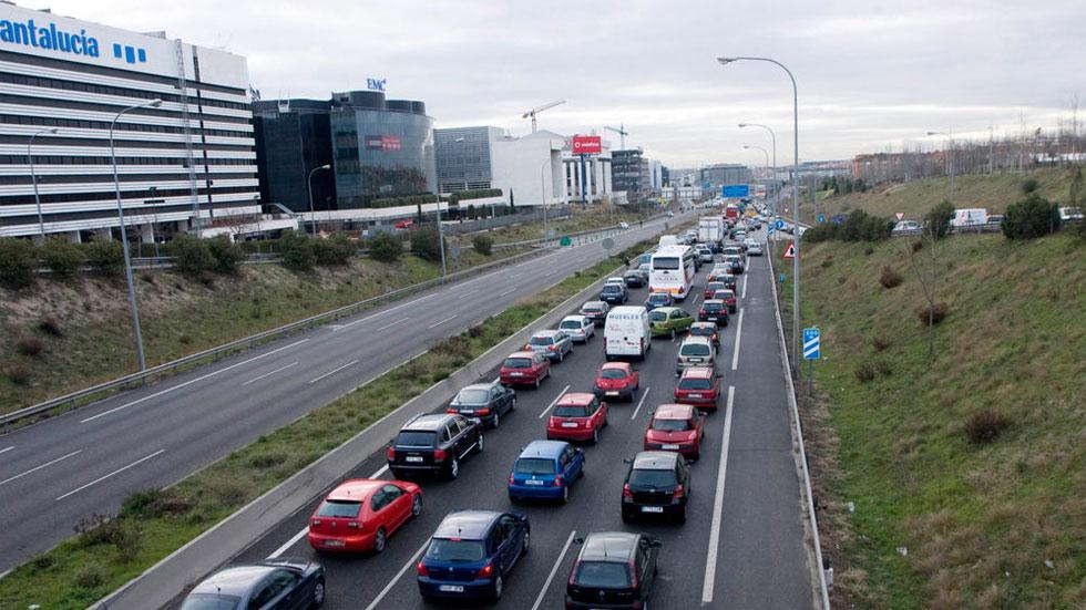 Cómo circular bien por autopistas y autovías e incorporarte a ellas de forma segura