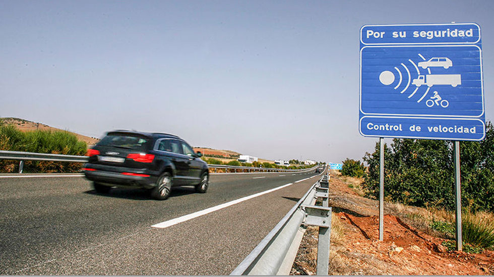 Estos son los nuevos 50 radares que más multan de la DGT en España: lista completa