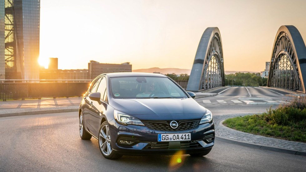 Opel Astra 2020: el nuevo compacto, ya a la venta en España y con un precio único