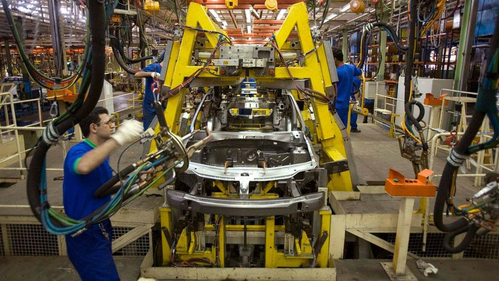 Los efectos del coronavirus: bajarán las ventas de coches, cae el precio del diésel…