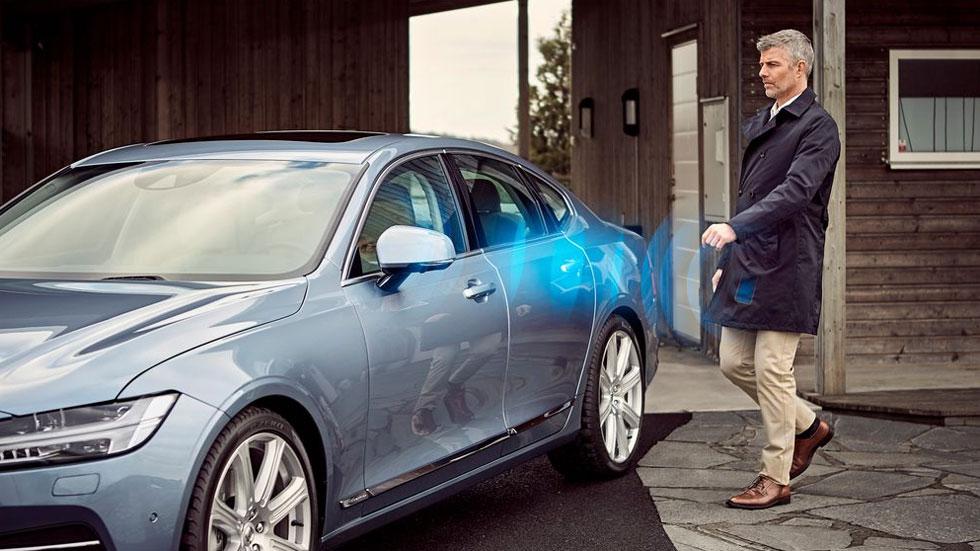 Cómo usar papel de aluminio para evitar que te roben el coche y por qué