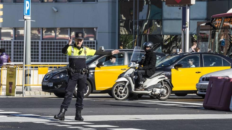 Multas de hasta 500 euros por circular con coches sin etiqueta de la DGT