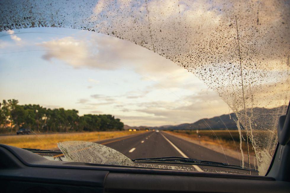 Así le afecta a tu coche el confinamiento: lo que deberás revisar