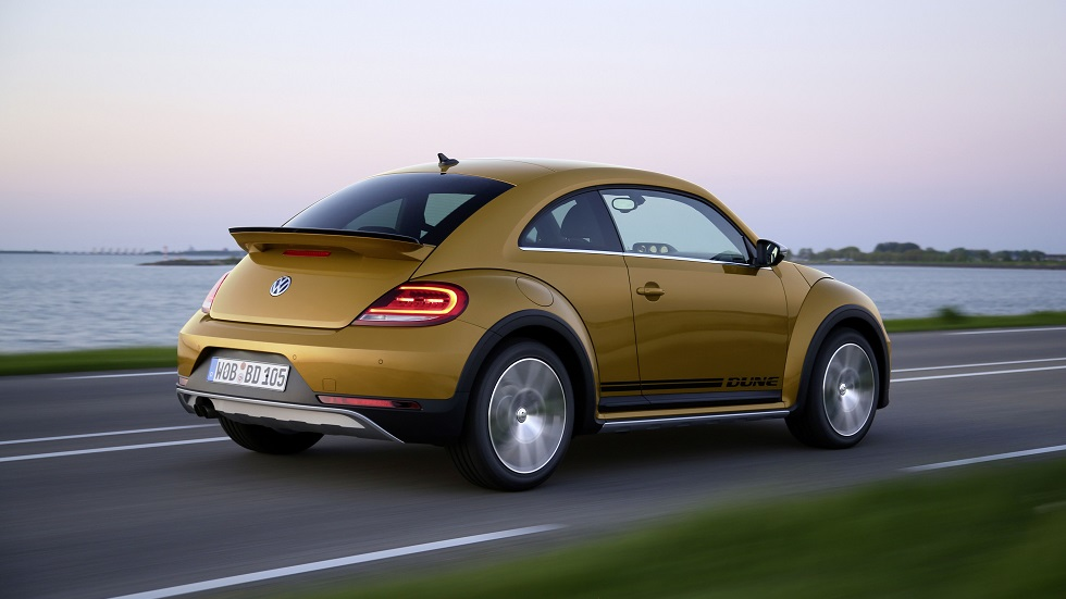 Coches que dicen adiós en 2020: Mercedes SLC, Volvo V40, Opel Adam, Beetle…