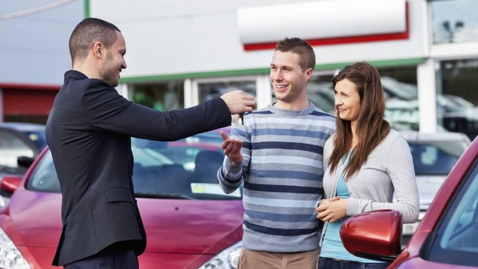¿Cuánto bajarán las ventas de coches en España en 2020?