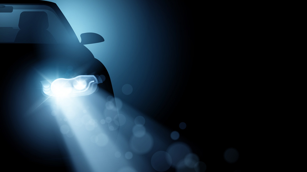 Si usas mal las luces de tu coche te pueden poner todas estas multas