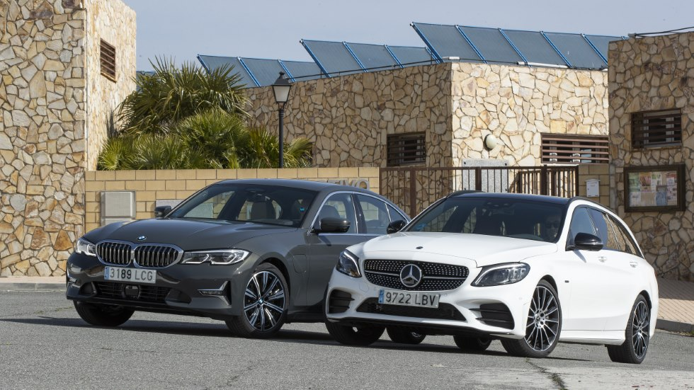 BMW 330e vs Mercedes C 300 de: berlina o familiar, ¿cuál es mejor?