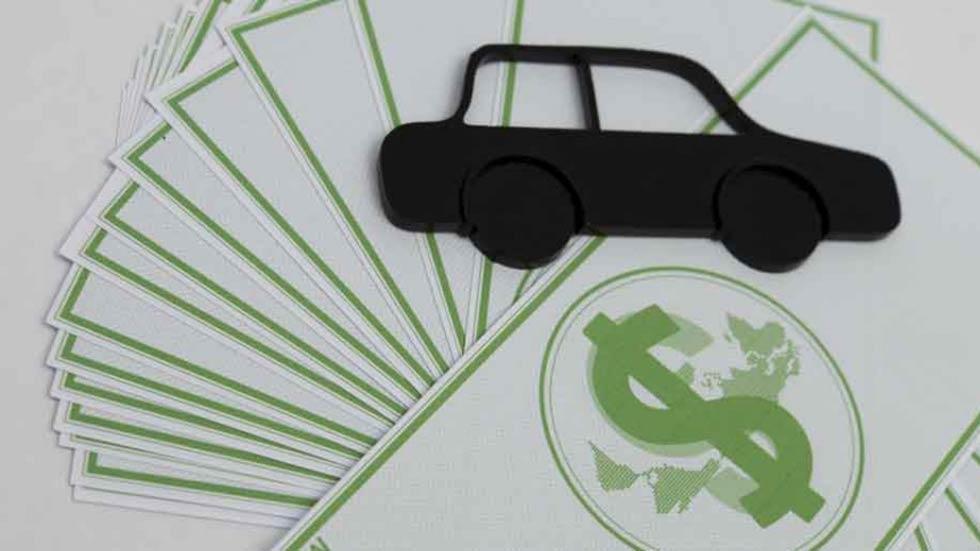 Cómo transferir tu coche: todos los trámites