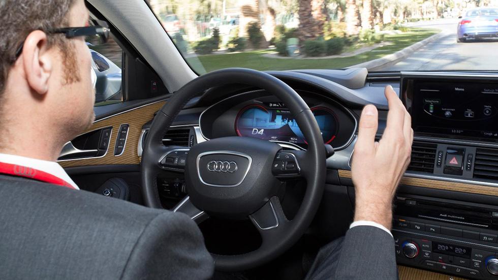 Audi y sus coches que aparcan solos