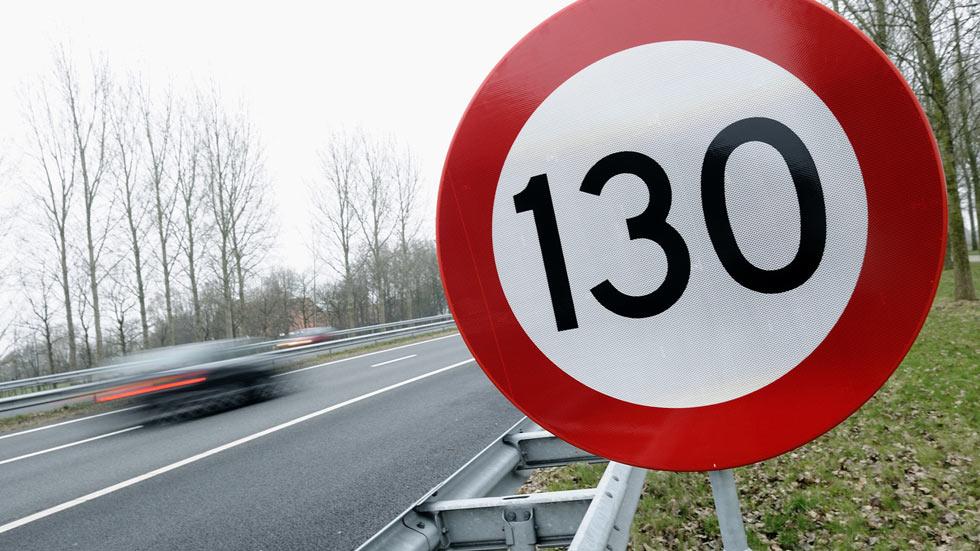 Sólo se podrá circular a 130 km/h en 1.500 km de las carreteras españolas