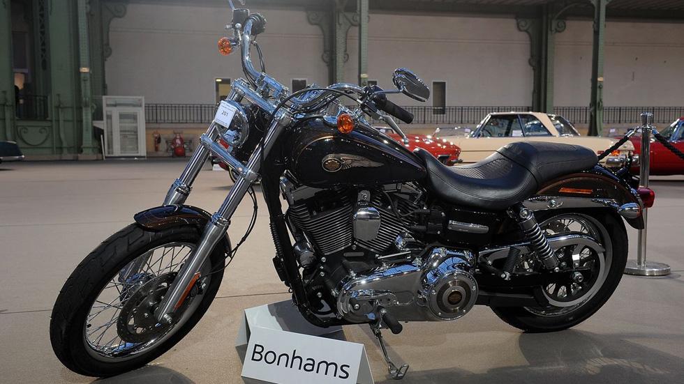 210.000 euros por la Harley del Papa