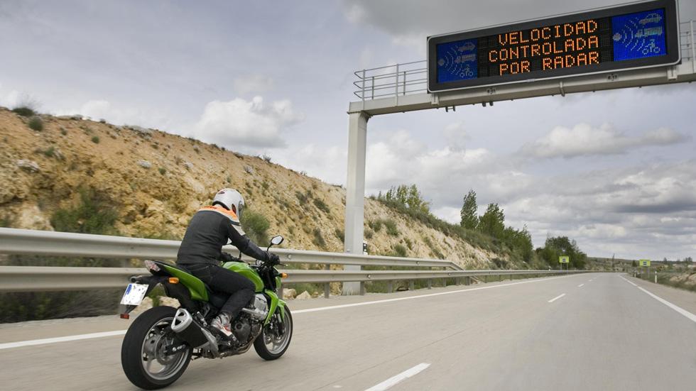 Más de 35.000 conductores multados en el último control de velocidad