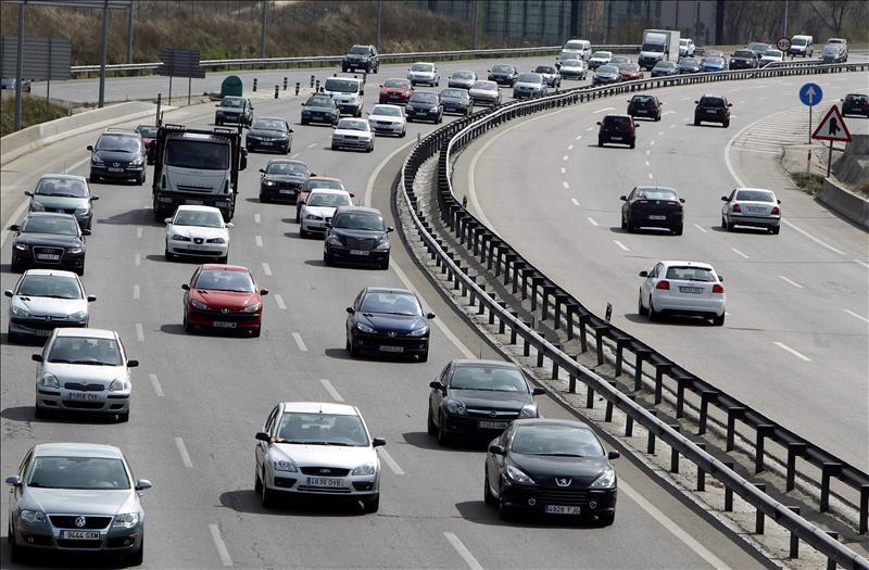 Alemania, contra la reducción de CO2 de los coches