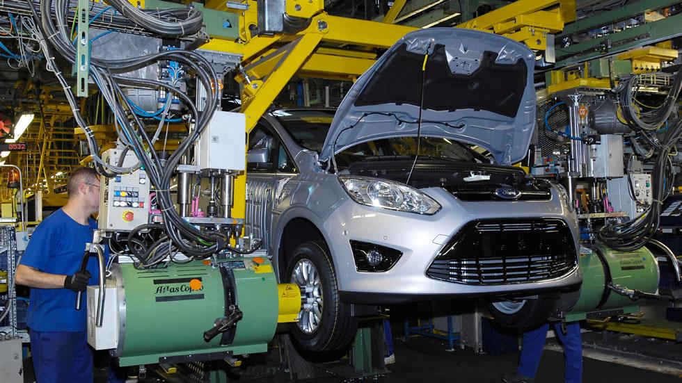 Almussafes fabrica las primeras unidades del Ford Mondeo