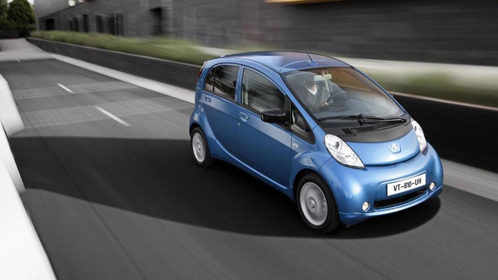 Anfac pide incentivos para el despegue del coche eléctrico