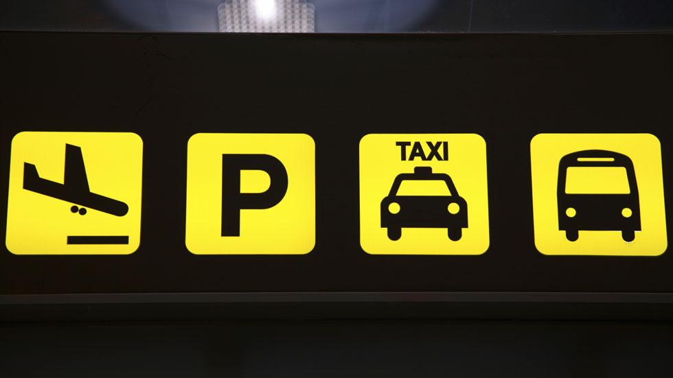 Cómo llevar tu coche al aeropuerto y no pagar de más