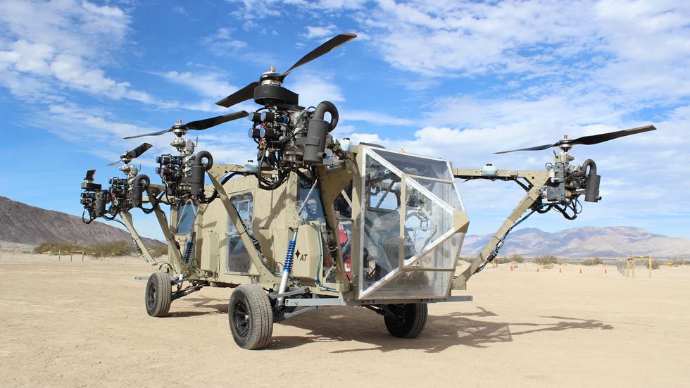 AT Transformer, por tierra y aire