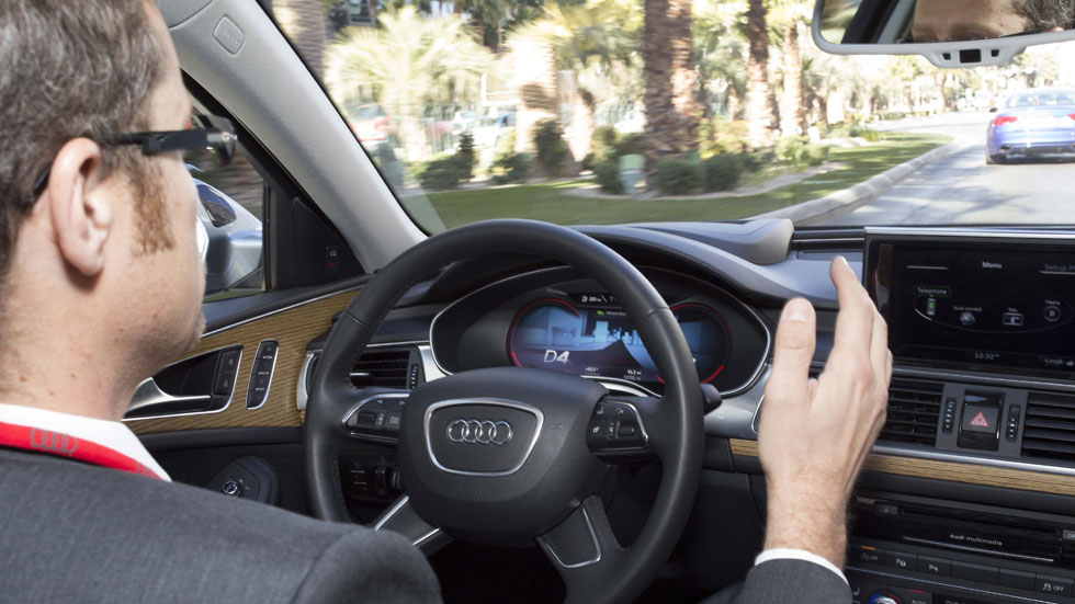 Audi: conduciendo por ti, en un atasco