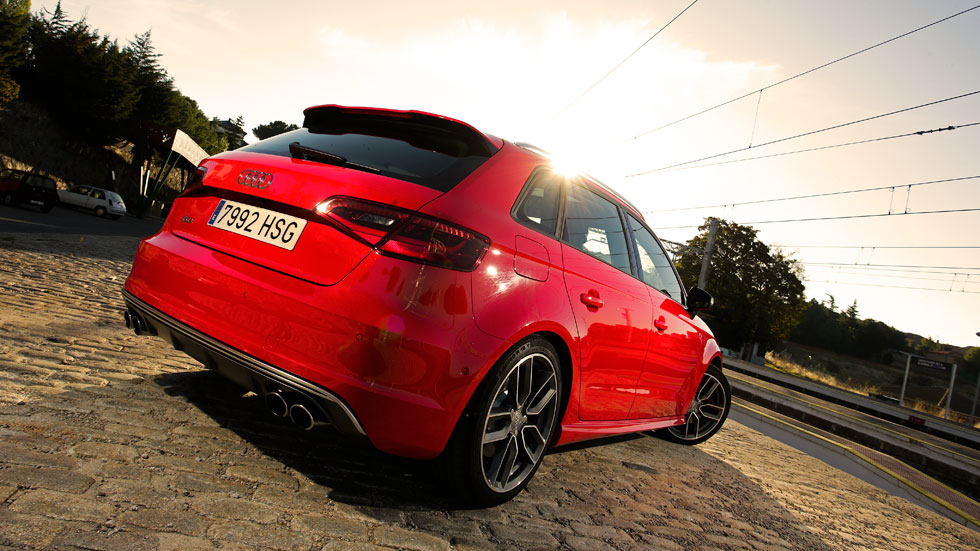 Prueba: Audi S3 Sportback S Tronic, misil teledirigido