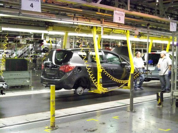 Sube la producción de coches en España