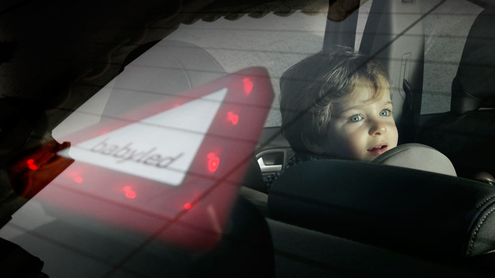 Babyled, el dispositivo que se ilumina para proteger a los bebés