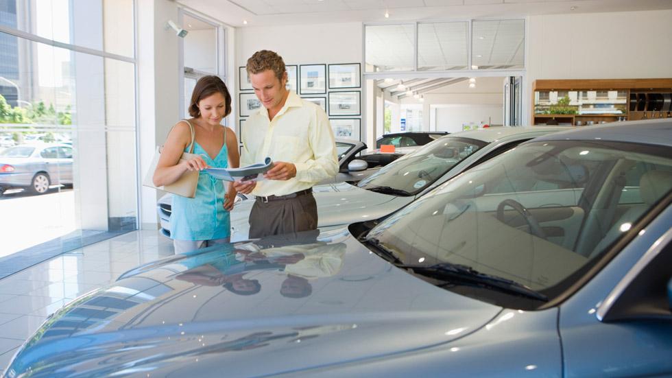 Baja la financiación para la compra de coches