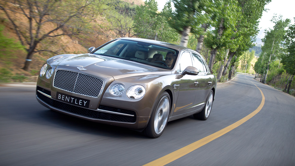 Contacto: Bentley Continental Flying Spur, en el Olimpo