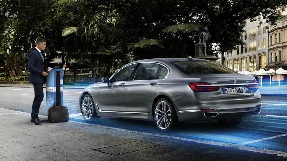 BMW 740e, híbrido enchufable a todo lujo