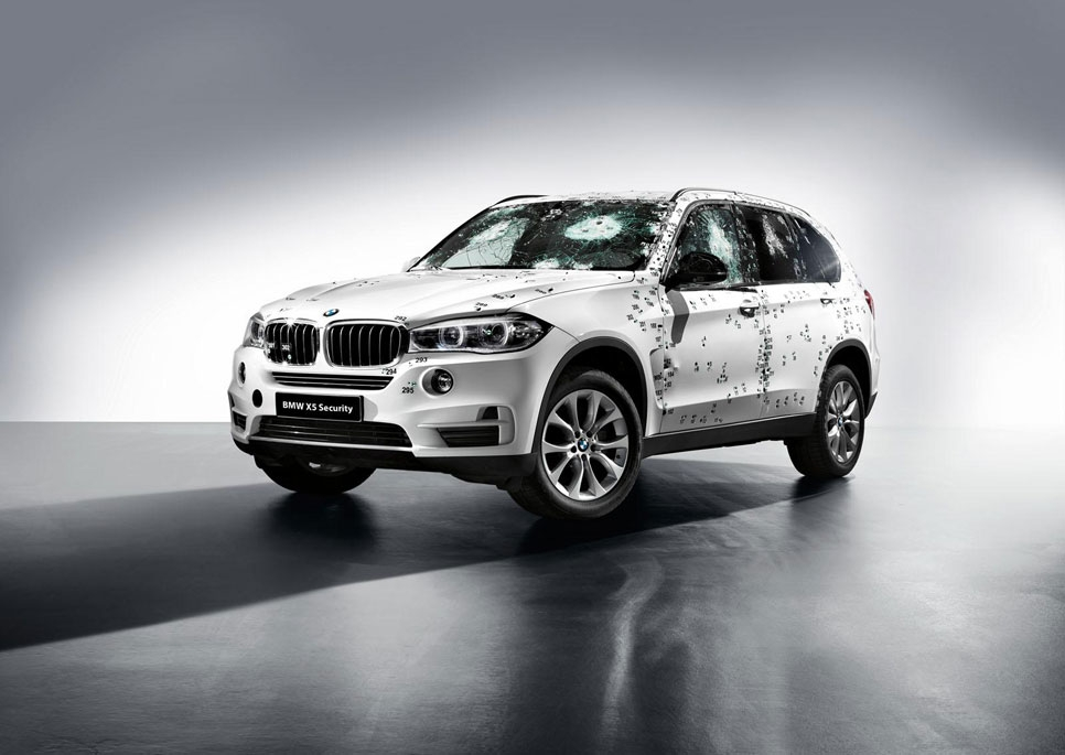 BMW X5 Security Plus, el blindado de Bond, James Bond