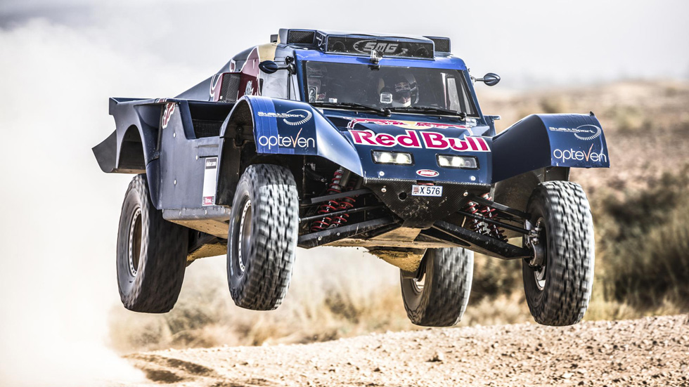 Carlos Sainz volverá al Dakar 2014 con un buggy de SMG