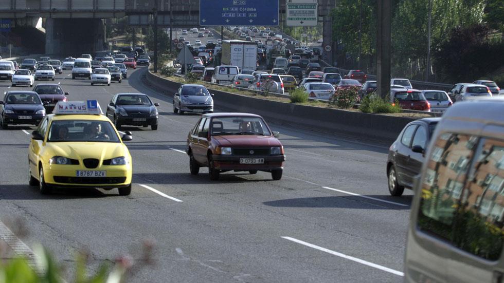 El carné de conducir, hasta 721 euros más caro según la autoescuela