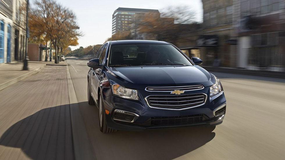 Chevrolet Cruze 2015, todo queda en casa