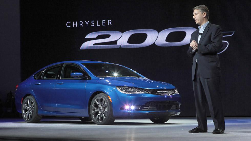 Chrysler 200 2015, baza norteamericana para finales de año
