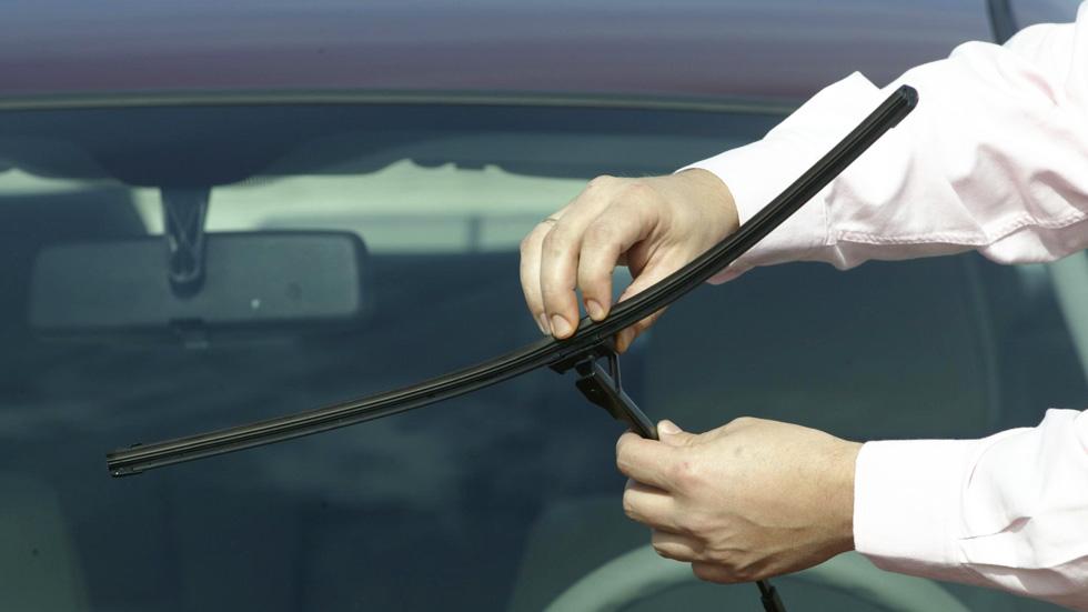 Los cinco componentes de tu coche que debes vigilar en verano