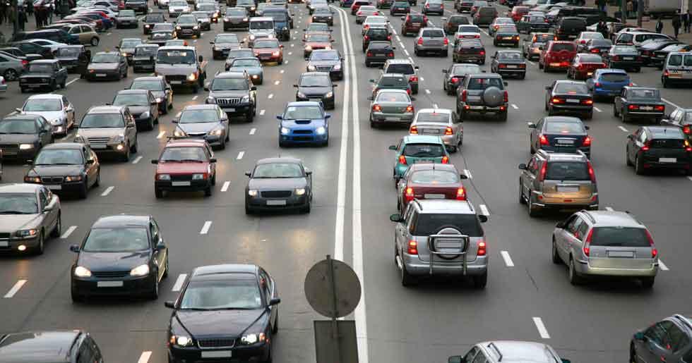 París inicia la circulación alterna por la contaminación