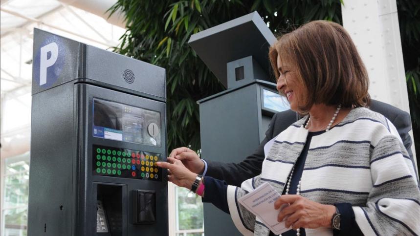 Los coches de renting y leasing vuelven a poder aparcar en Madrid