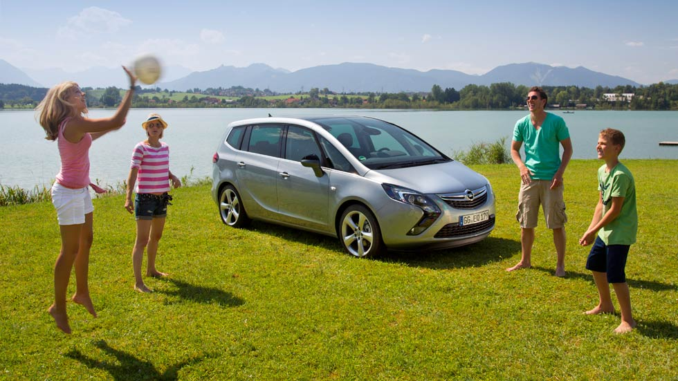 ¿Qué coches tienen descuentos para familias numerosas?