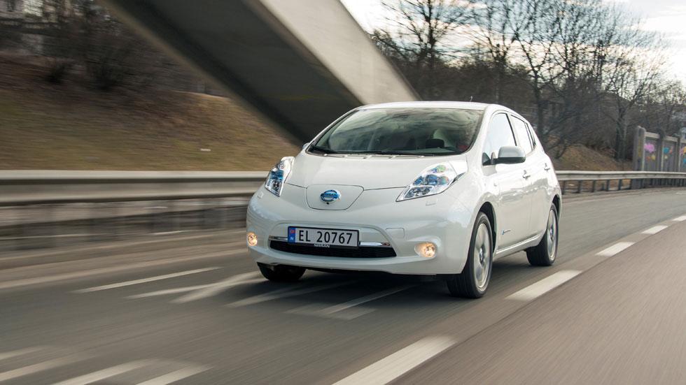 los coches eléctricos no pagarán los peajes de las autopistas