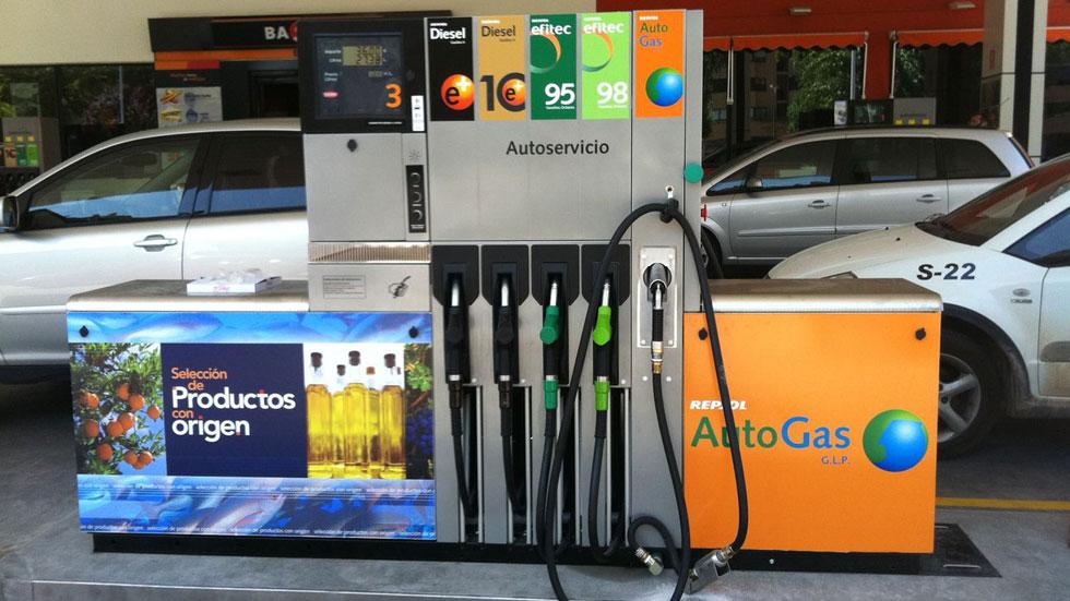 ¿Qué combustible elijo? ¿Gasolina y gasóleo premium o normal?