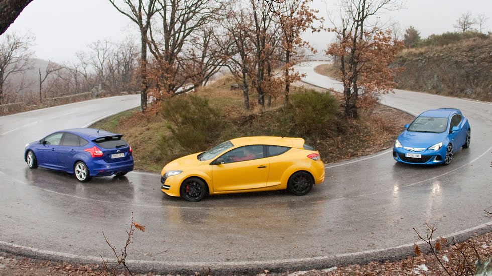Comparativa: Ford Focus ST vs Opel Astra OPC y Renault Mégane RS CUP