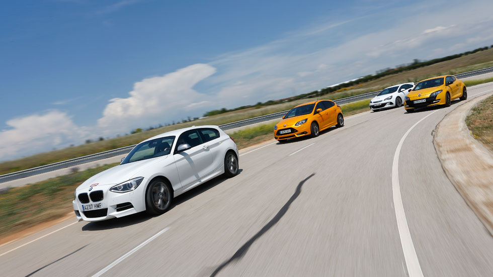 Supercomparativa GTI: BMW M 135i, Ford Focus ST, Opel Astra OPC y Renault Mégane R.S.