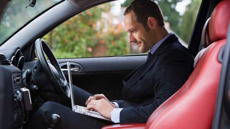 Conexión Wi-fi en el coche, lo más demandado a la hora de alquilar coche