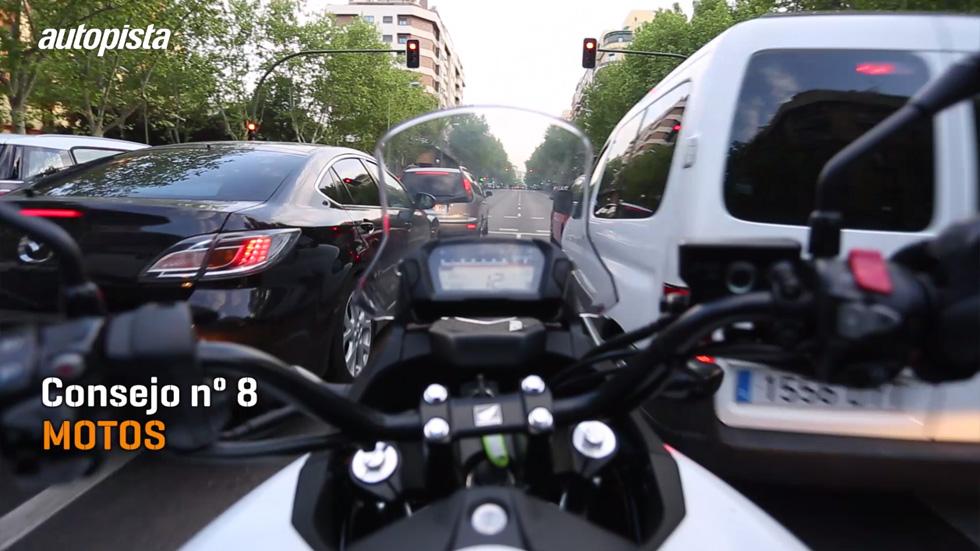 Consejos al volante: las motos, compañeros y no enemigos