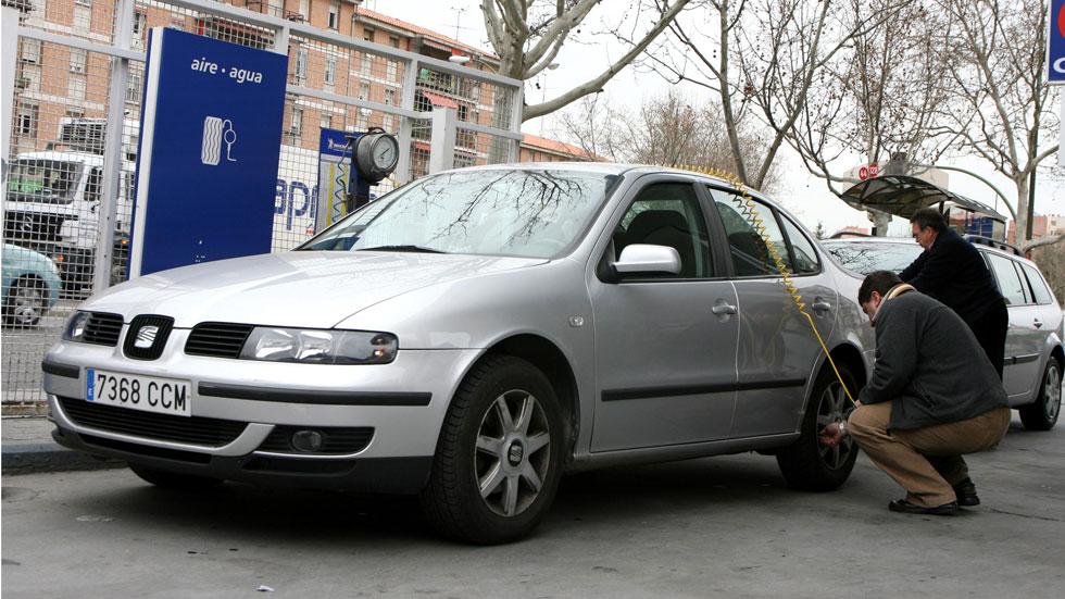 Lo que debes hacer para mantener tu coche a punto en invierno