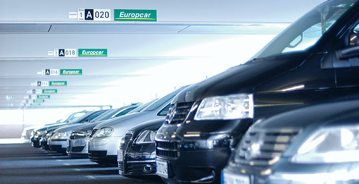 Consumo detecta abusos en las empresas de alquiler de coches