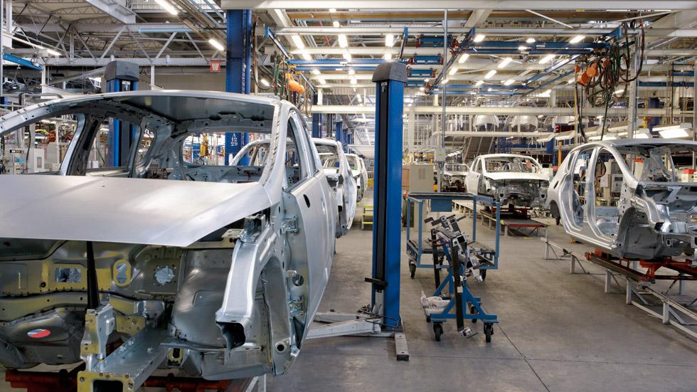 Crece la producción de coches en España
