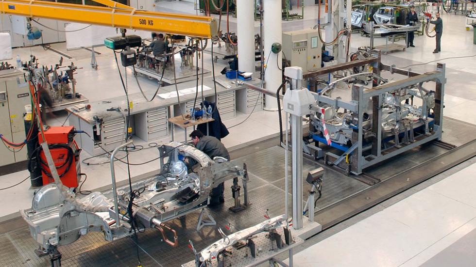 Crece la producción de vehículos en España