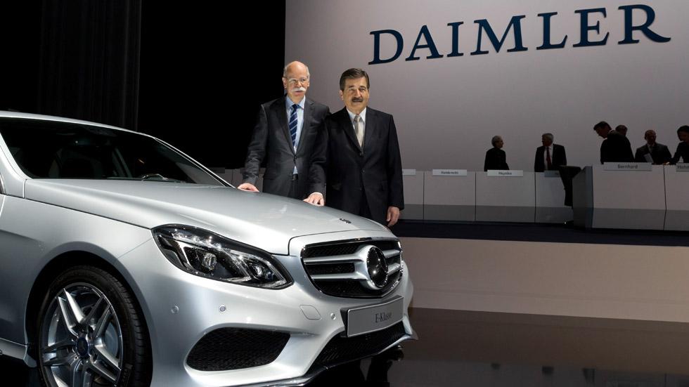 Daimler compra el 5% de Aston Martin